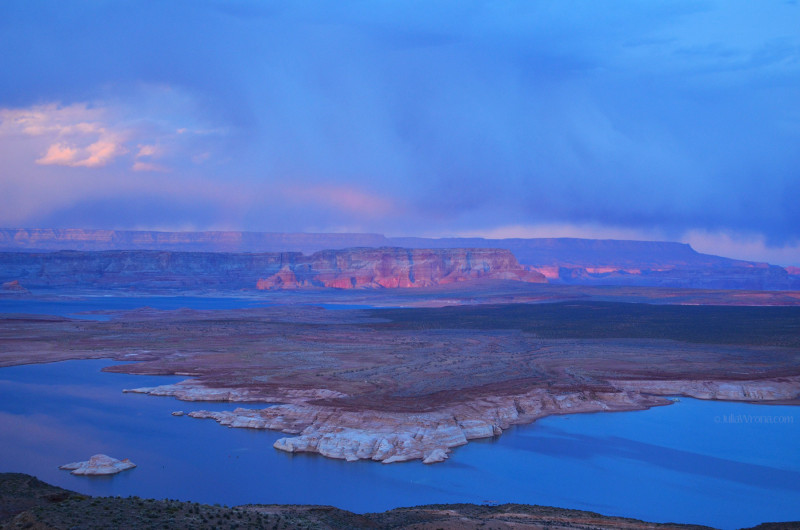 Sunset in Lake Powell