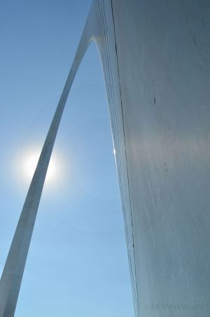 JKW_4271web Sun on the Arch.jpg