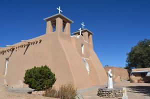 San Francisco De Asis Church 01